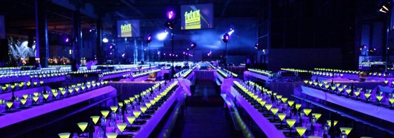 Europas største firmafest blev jubilæumsfesten føtex med over 12.000 gæster til middag og underholdning